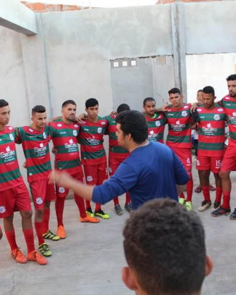 Pensando no Mutanense, comissão técnica relaciona atletas para jogo no Campeonato Guanambiense. Confira os nomes: