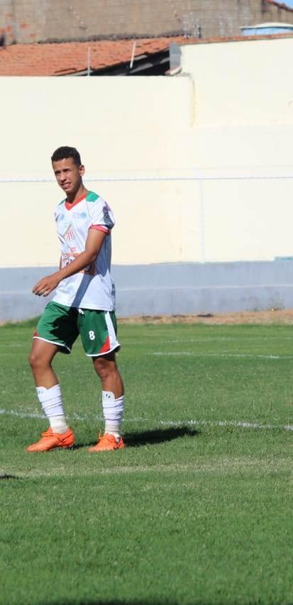 Garoto de Pilões marca gol nos acréscimos e Portuguesa de Mandacaru garante vaga na final