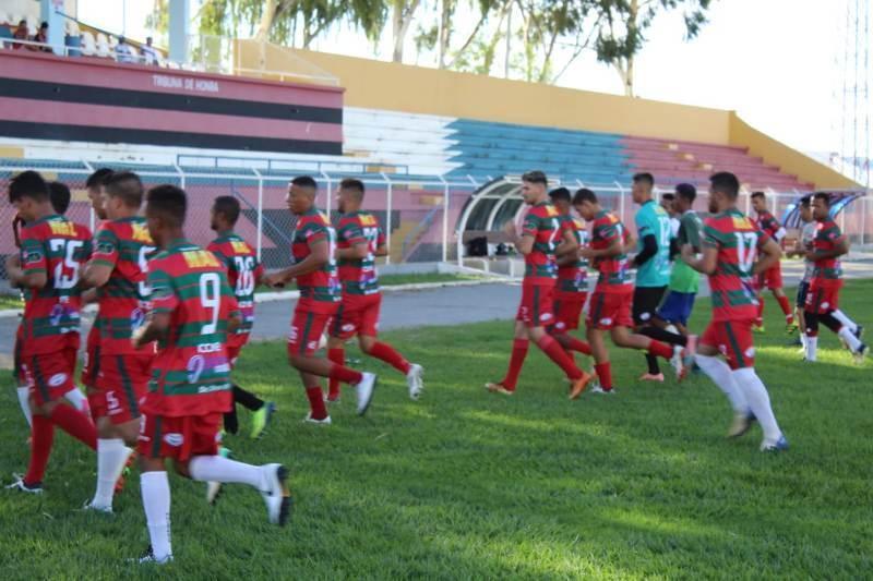 Comissão técnica relaciona 24 atletas para jogo de estreia no Campeonato Guanambiense