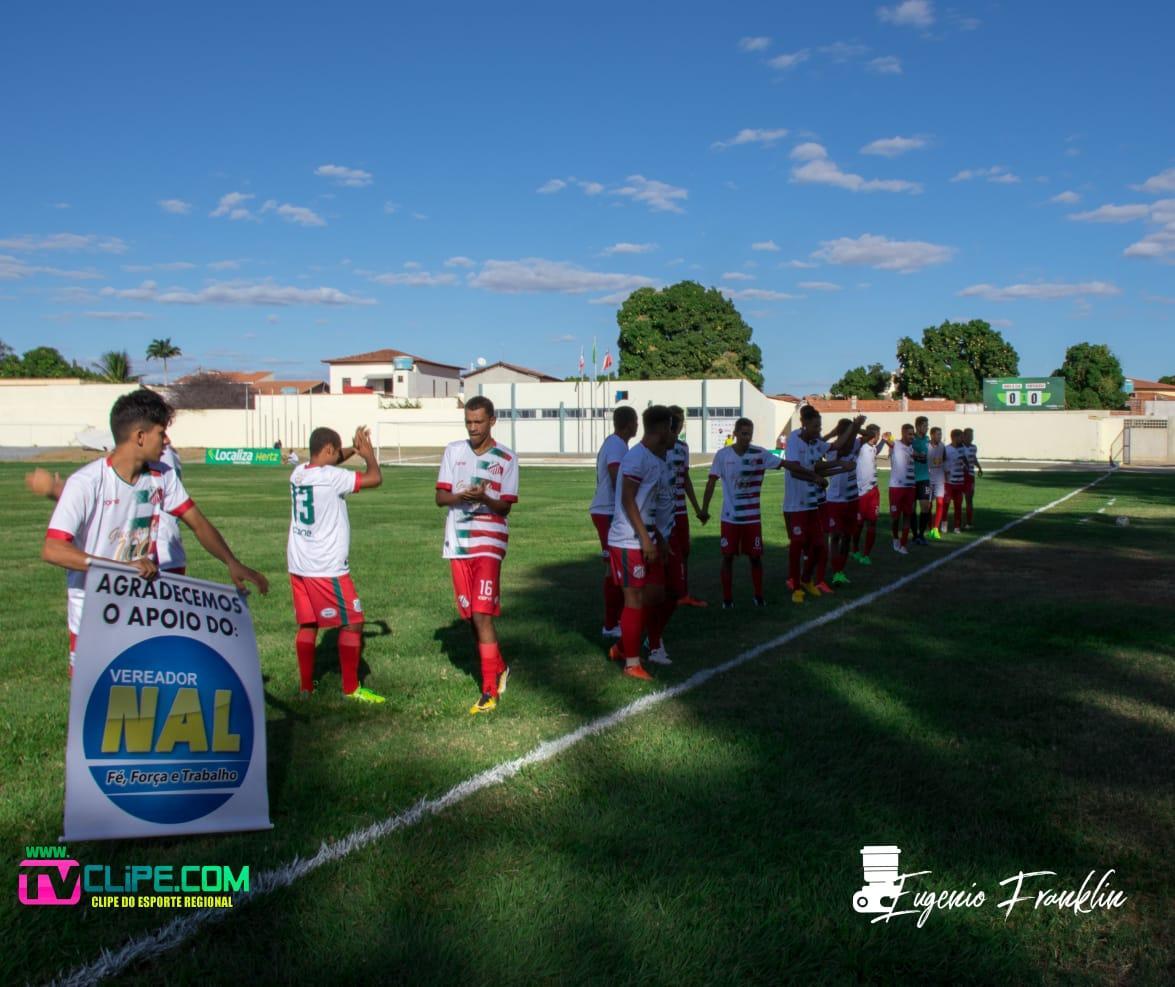Em busca da primeira vitória no Guanambiense, comissão técnica lusitana relaciona atletas para jogo contra o Palmeirinha