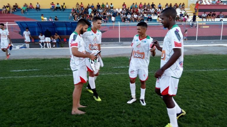 Portuguesa 2 X 0 Ceraima - Campeonato Guanambiense 2017